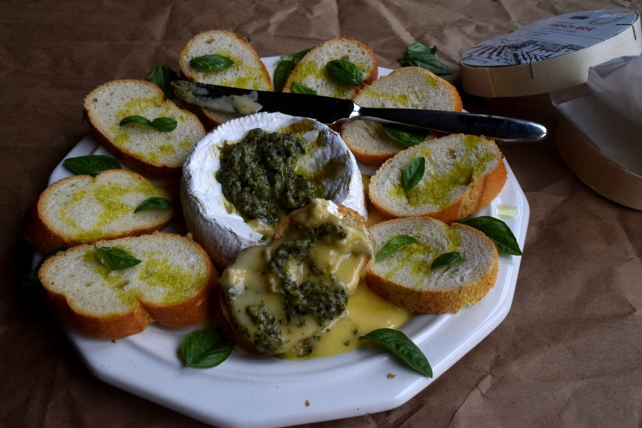 Baked Brie and Pesto