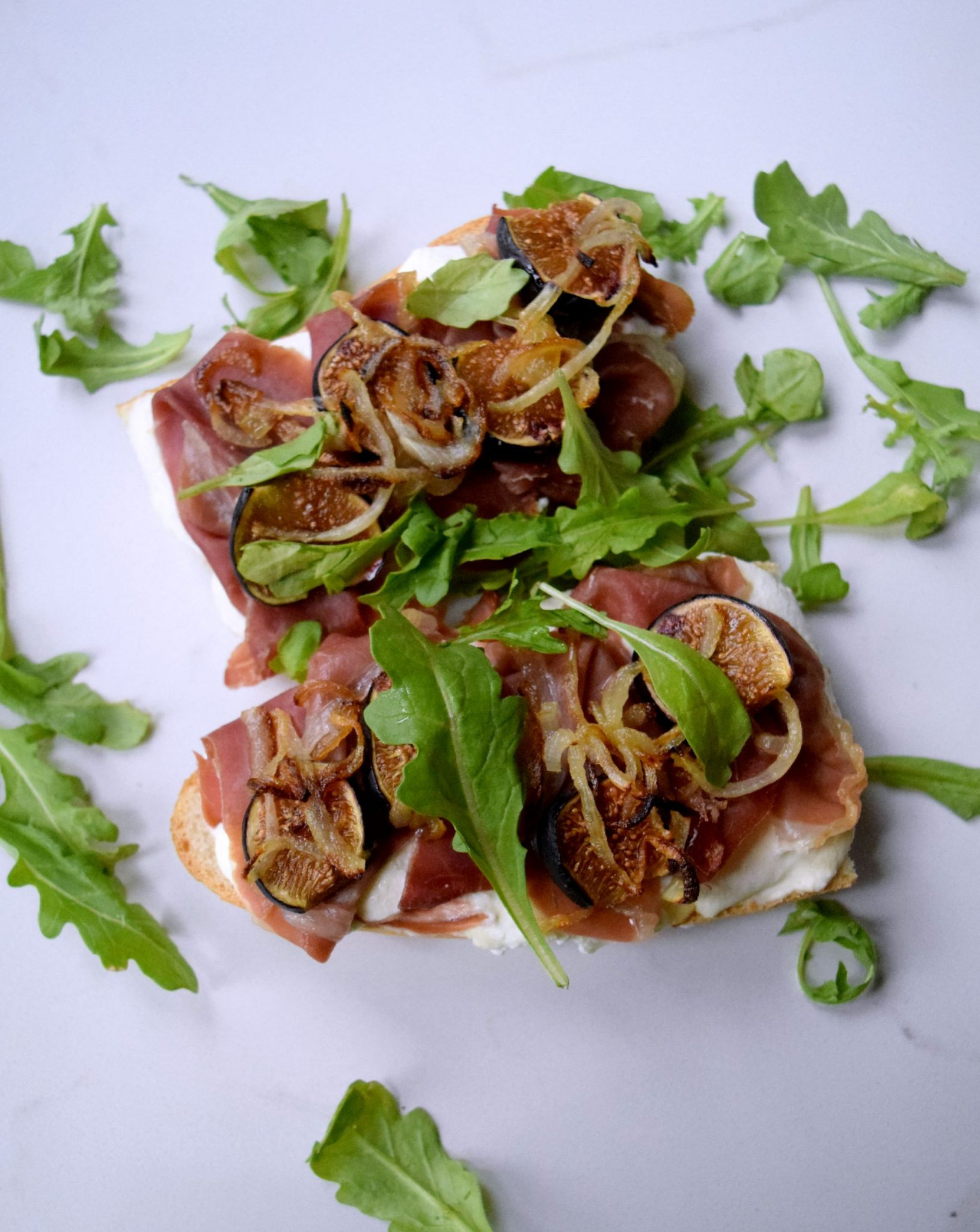 Roasted Fig, Prosciutto, Ricotta French Bread Pizza