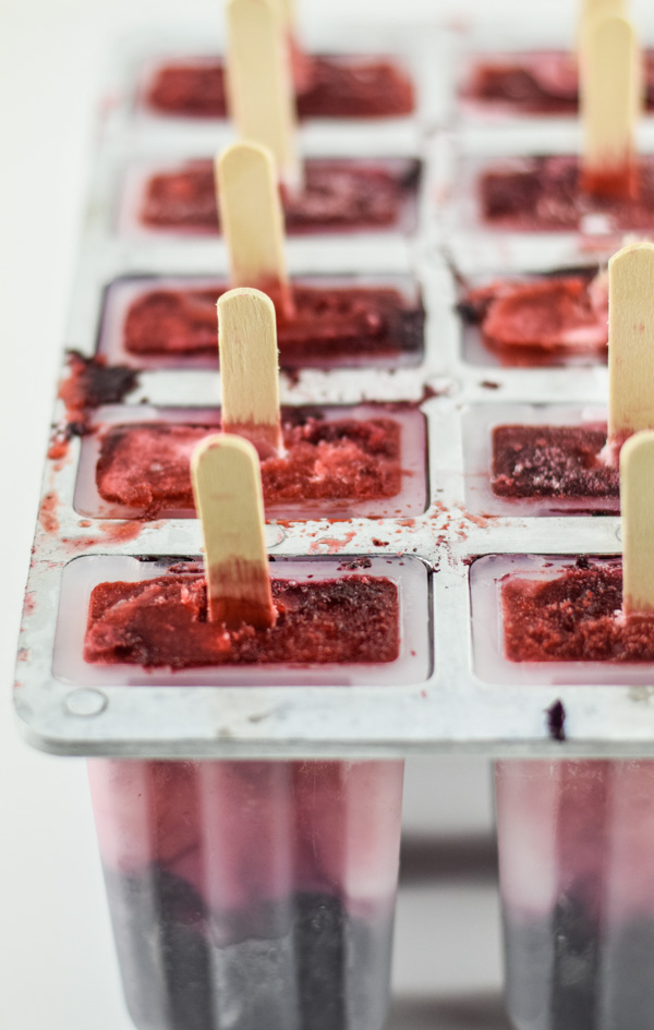 Boozy Red White and Blueberry Limoncello Popsicles-1