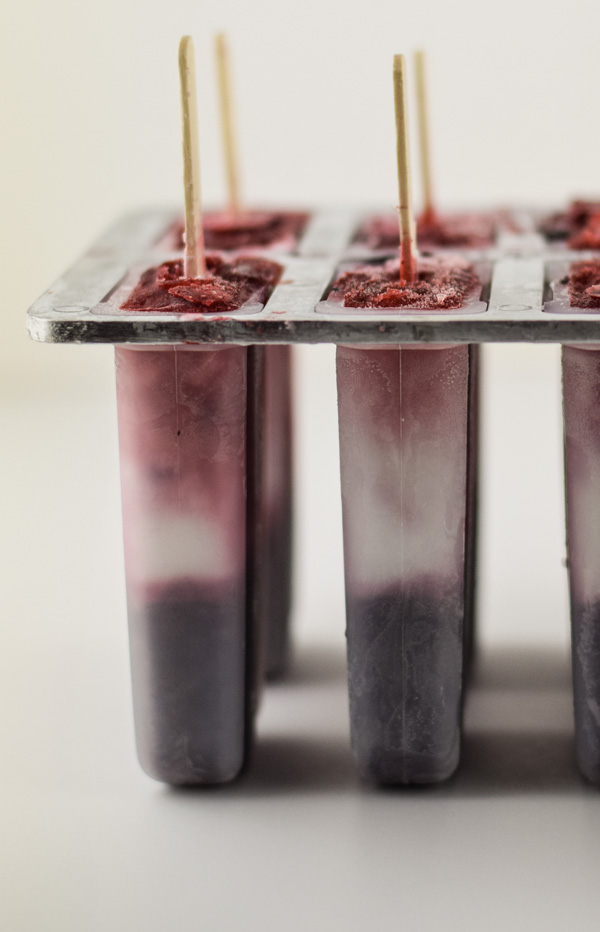 Boozy Red White and Blueberry Limoncello Popsicles-3