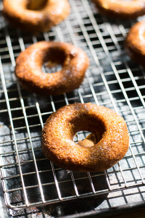 Pumpkin Spiced Baked Donuts with White Chocolate Ganache Recipe